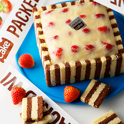 おしゃれなバースデーケーキ