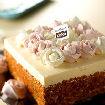 アントワネットの秘密の花園 おしゃれなバースデーケーキ