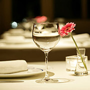 ドリンク&名物料理付きコース  彼氏の誕生日祝いに人気のレストランランキング