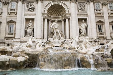 ローマ(イタリア)トレヴィの泉