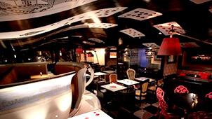 テーマパークみたいな空間!サプライズレストラン