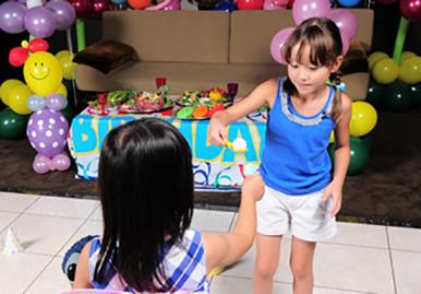 子どもが楽しめるアクティビティ パーティーゲームのレンタル