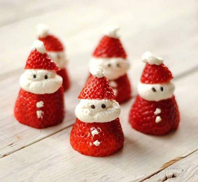 溶けたスノーマンのカップケーキ クリスマスパーティーのアイデア料理