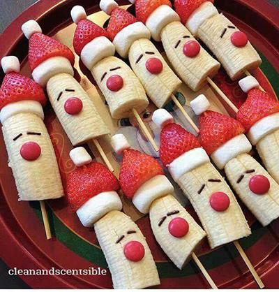 サンタ風の串刺しフルーツ クリスマスパーティーのアイデア料理