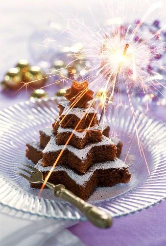 チョコレートケーキのツリー クリスマスパーティーのアイデア料理