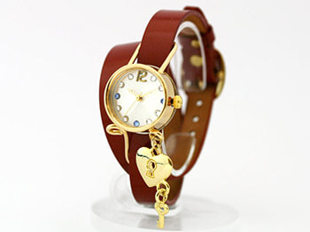 ハンドメイド腕時計 彼女の誕生日プレゼント