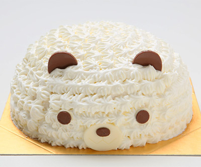 可愛いしろくまのお顔の立体ケーキ