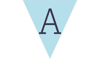 アルファベット(淡いブルー地に紺色の文字)のフラッグ素材