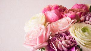 王道だけど、女性に喜ばれる!お花を贈るサプライズ!