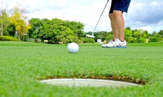 ゴルフコースで出来る誕生日サプライズ