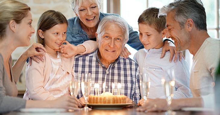 【還暦祝い】おじいちゃん・おばあちゃんの誕生日祝いに喜ばれるプレゼント