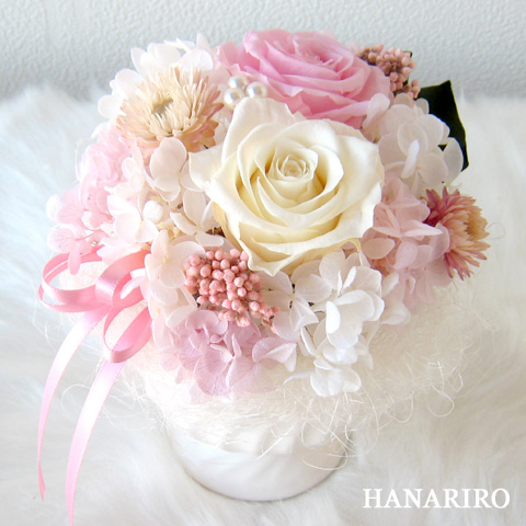 可愛いピンクのフラワーギフト インターネット宅配花屋さん【花RiRo】