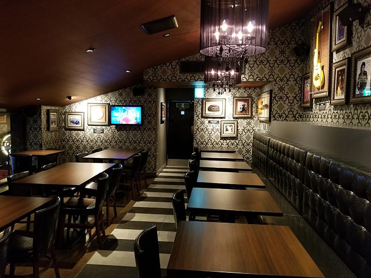 ハードロックカフェ店内 2階