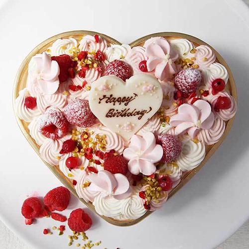 ハート型ケースに入った可愛らしいムースケーキ「Sweet Bouquet ~スイーツブーケ~」