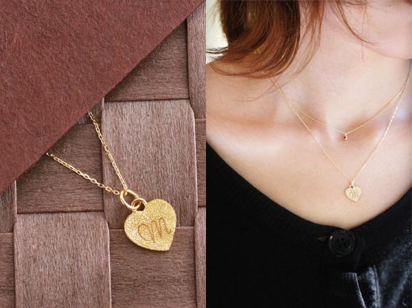 18金 イニシャル ゴールド ネックレス ハート型デザイン