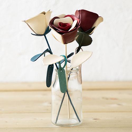 革の一輪花(バラ)