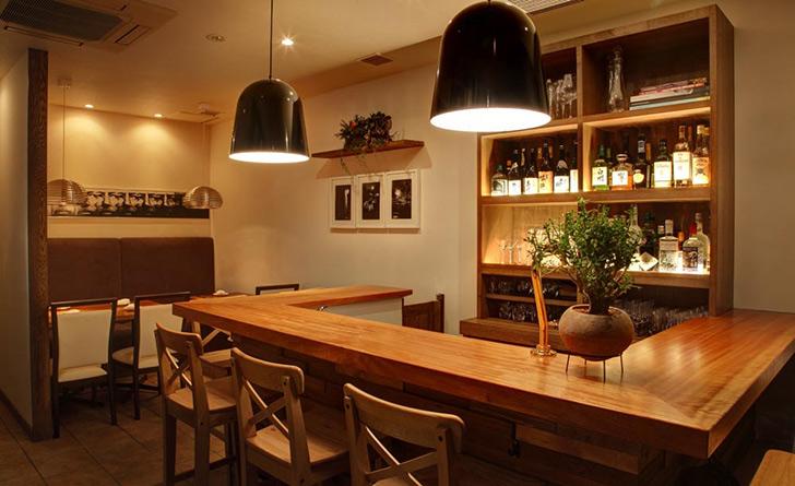 東京都・赤羽橋/フレンチ Chez TAKA HIGASHIAZABU(シェ タカ)の店内