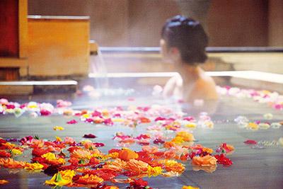 バラ風呂温泉宿 オールドイングランド道後山の手ホテル