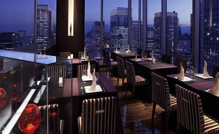 東京都・東京/フレンチ Dining & Bar TENQOO(ダイニングアンドバーテンクウ)/ホテルメトロポリタン丸の内の店内