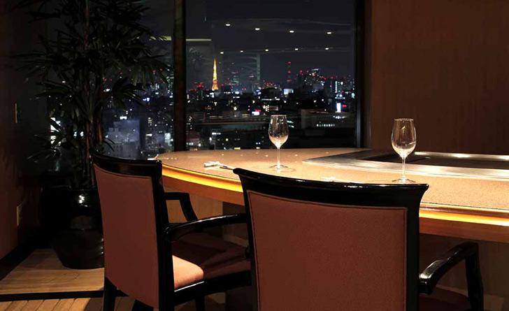 東京都・水天宮前/鉄板焼き 鉄板焼 すみだ/ロイヤルパークホテルの店内