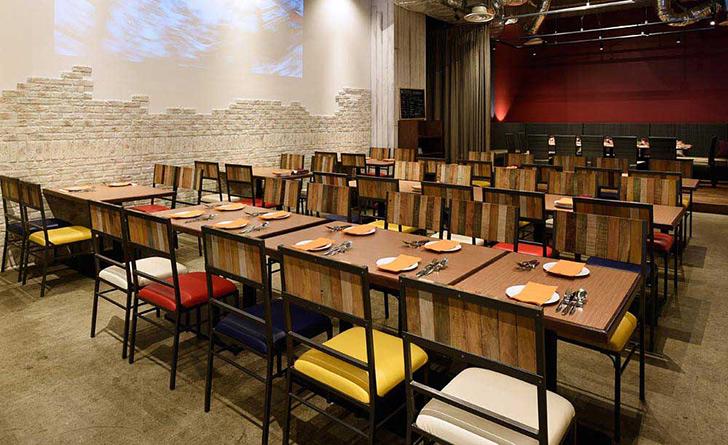東京都・京橋/フレンチ 世界食堂 Transit Table d'Or(トランジット ターブル ドール)の店内