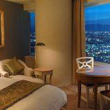 夜景が見えるホテルの部屋で出来る!最高の誕生日サプライズ演出アイデア