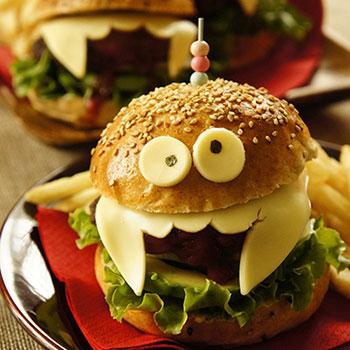 ハロウィン料理 モンスターのハンバーガー