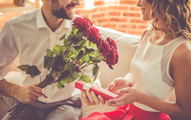 プロポーズでプレゼントしたい!想いが伝わる素敵なギフト