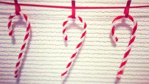 キャンディーケイン風クリスマス飾りの作り方