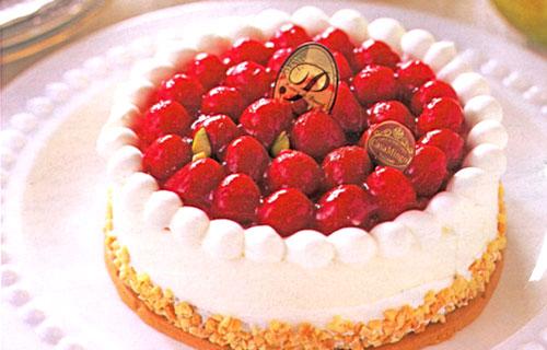 カサミンゴー シュス木苺レアチーズケーキ