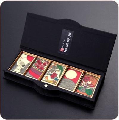 花札の絵札が描かれた粋な江戸文化のチョコ「華歌留多(はなかるた) 五光」