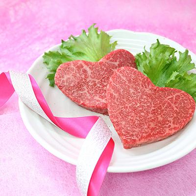 かわいいハート型の米沢牛 特選赤身モモステーキ110g×2枚セット