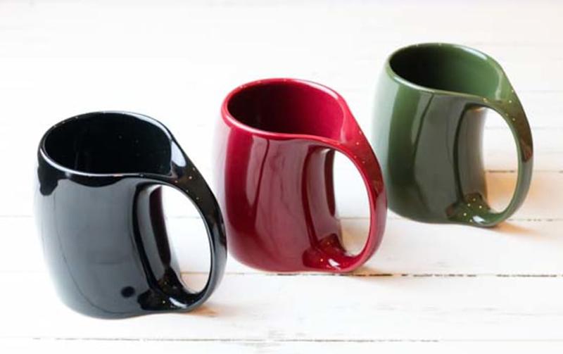 珍しいデザインの名入れマグカップ