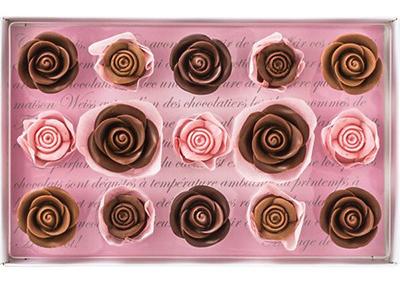 可愛いバラの花の形をしたチョコ「メサージュ・ド・ローズ レトル・グラン