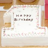 数字の形のケーキ!ナンバーケーキ