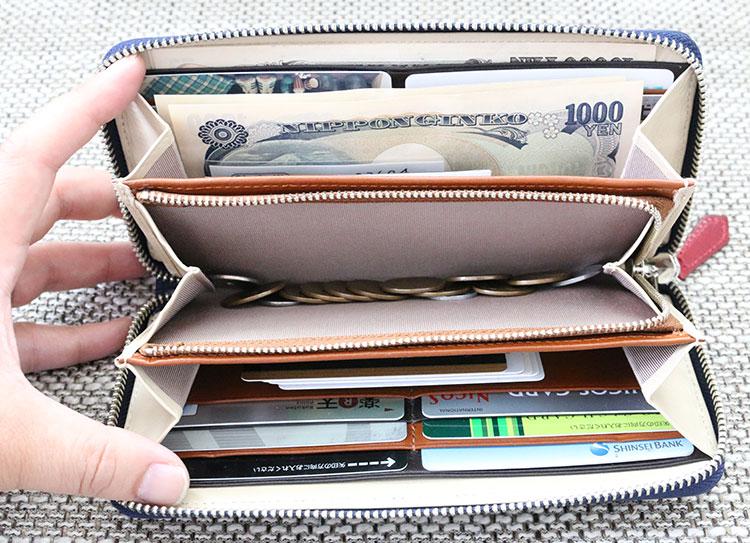 JOGGOのラウンドファスナー長財布を実際に使用してみたイメージ