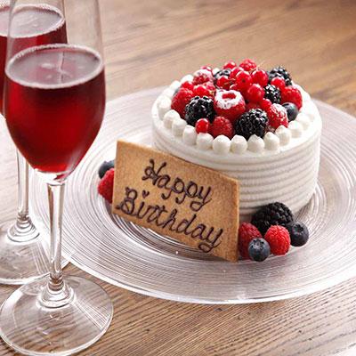 BISTRO FAVORI 代官山の誕生日ケーキ