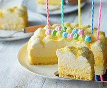 バースデードゥーブル 5号サイズの誕生日ケーキ