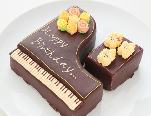 1日限定2台の特別なケーキ!「グランドピアノ立体ケーキ」