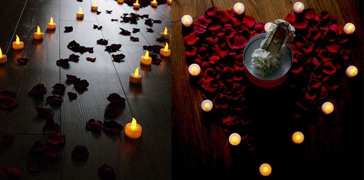 ホテルに泊まった時にできる、ロマンチックなサプライズ キャンドルで出来た道にはバラの花びら クリスマスサプライズ