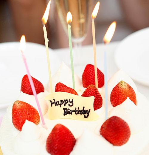 誕生日のイメージ バースデーケーキ