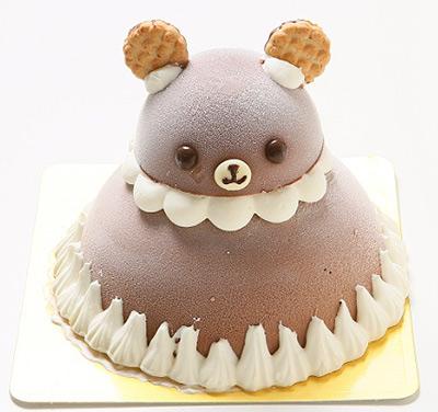 立体的な可愛いくまさんがモチーフのアイスケーキ
