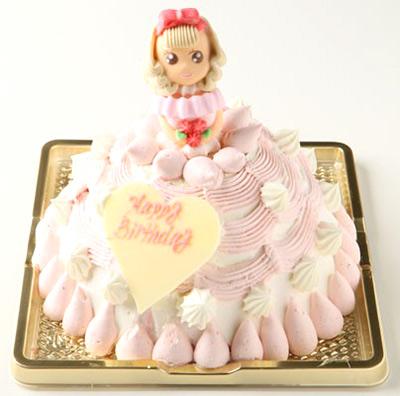 プリンセスをモチーフにした苺のアイスケーキ