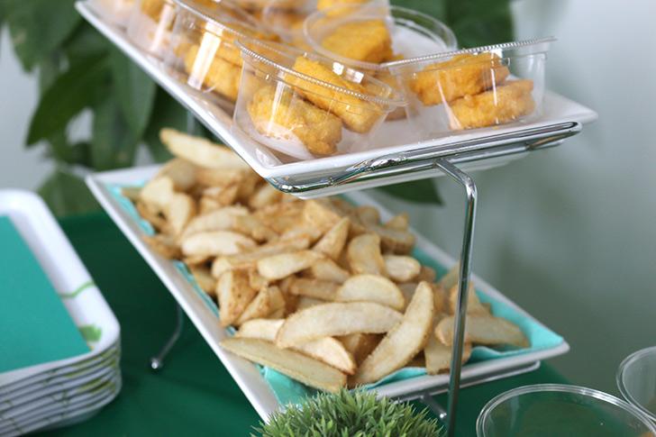 ポテトとナゲット バーガーショップ(モスバーガー風)をテーマにした子供の誕生日パーティー演出