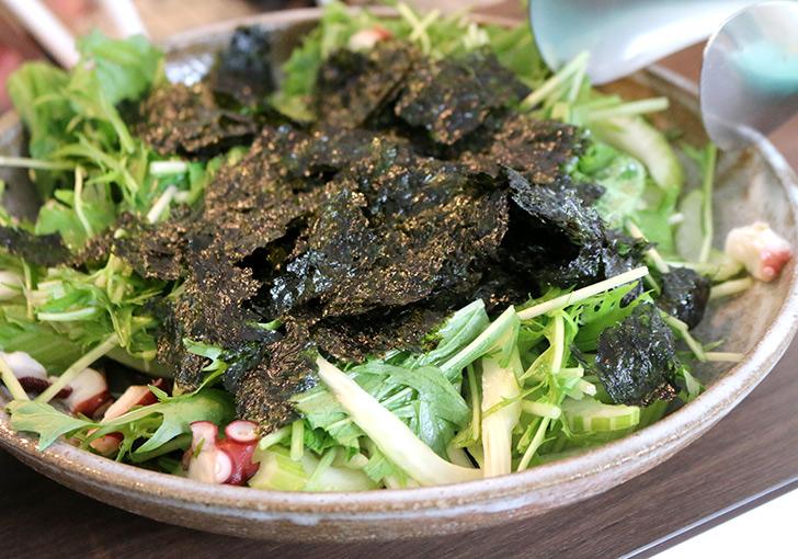 香味野菜とタコのサラダ