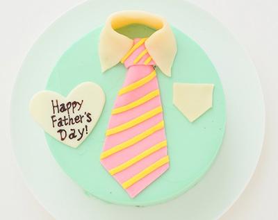 父の日のネクタイケーキ