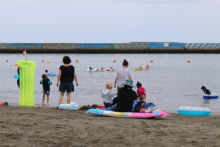 昼間の熱海サンビーチ