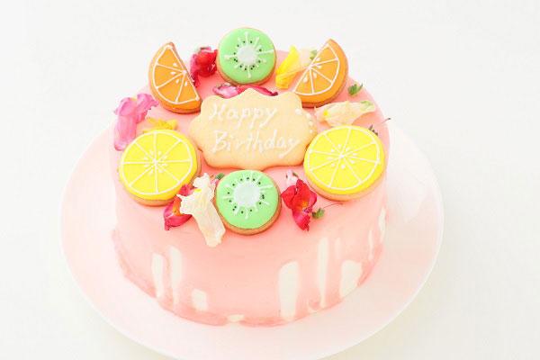 アイシングクッキーがデコレーションされたバースデーケーキ-02