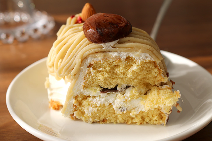 ケーキの一切れ ほくほく和栗&和三盆のモンブラン ラ・ファミーユ