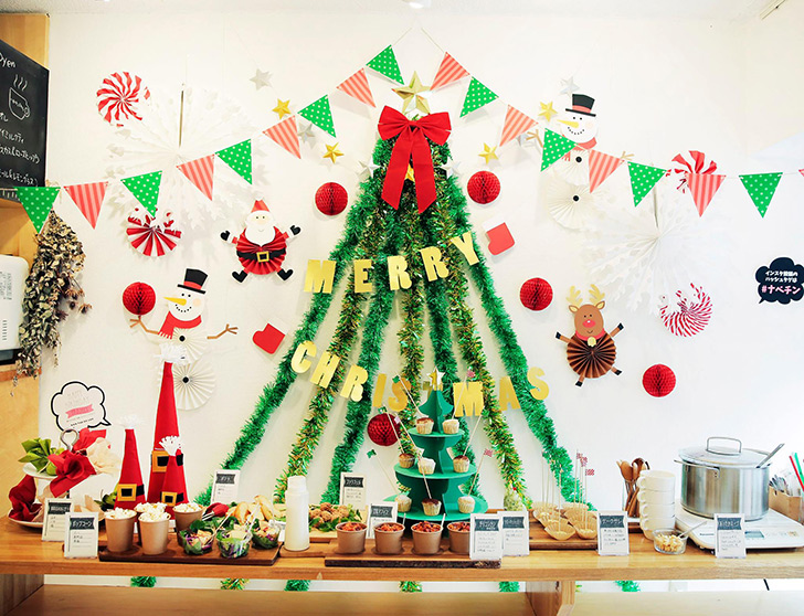 モールを使った作ったクリスマスツリー フォトブース